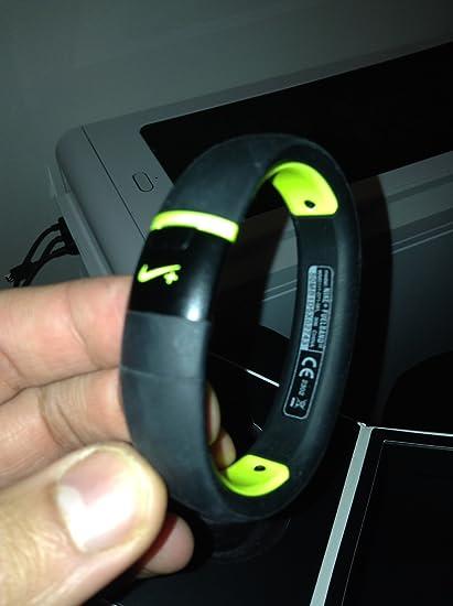 Nike+ FuelBand SE - Medium Large - Black Armband  Amazon.in  Electronics 63030b3f6d