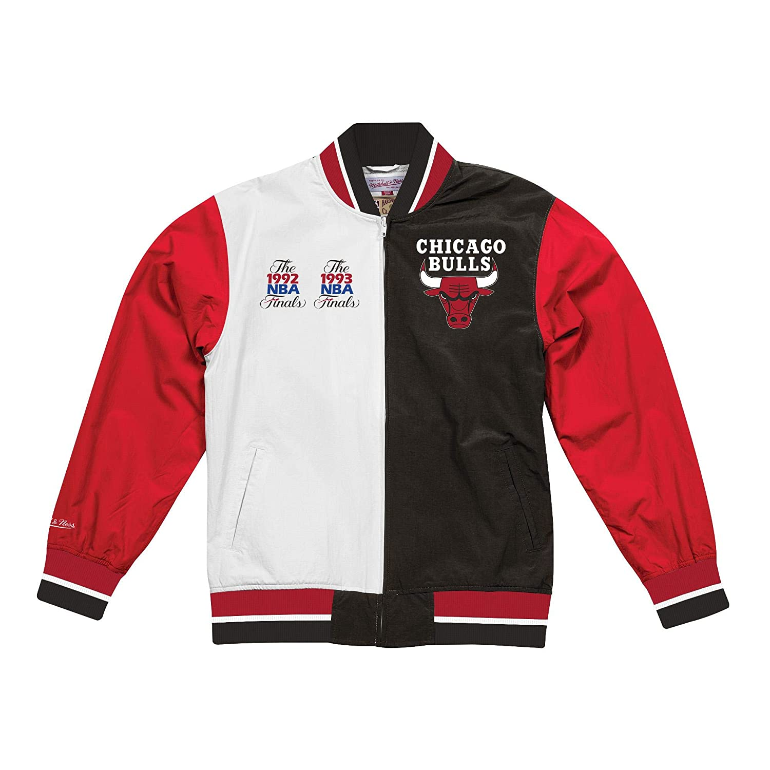 sports shoes 159a5 d863a Mitchell   Ness NBA Chicago Bulls Team History Warm Up Jacket 2.0  (Black White-Red, S) at Amazon Men s Clothing store