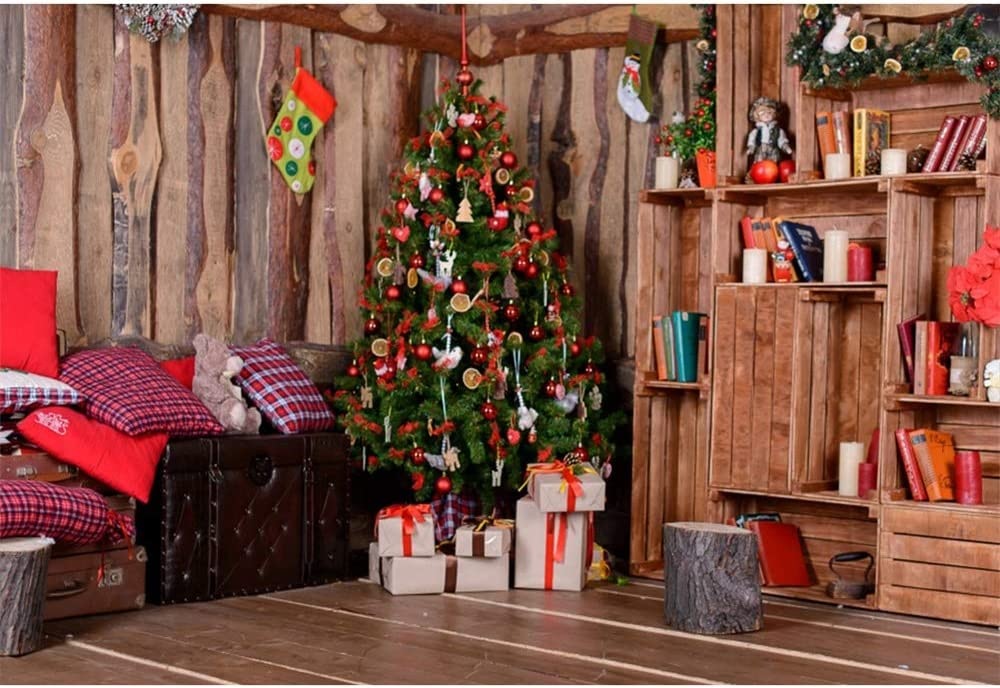 Amazon Com Aofoto 9x6ft Christmas Background Red Berry Bauble Decorated Xmas Tree Gifts Bookshelf Books Pillows Garland Stocking Leather Box Background Wooden House Interior Decoration Photography Backcloth Camera Photo