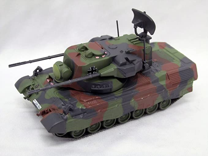 Die Cast T-80 Panzer Flecktarn Maßstab 1:72  Fertigmodell