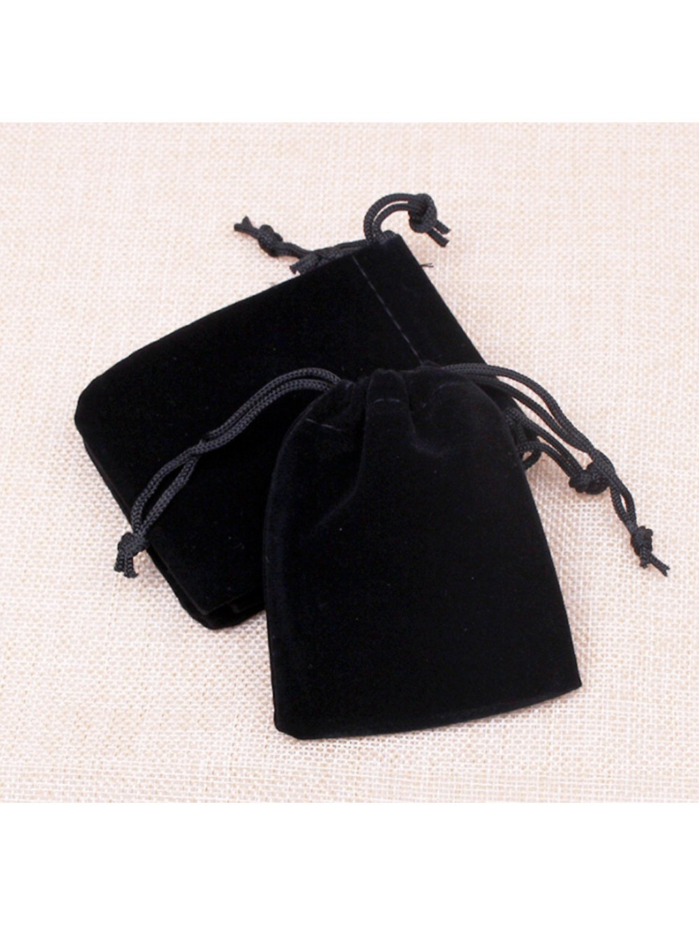 99d0b488fcac Amazon.com: OAIMYY Black Velveteen Drawstring Pouch Bag for Jewelry ...