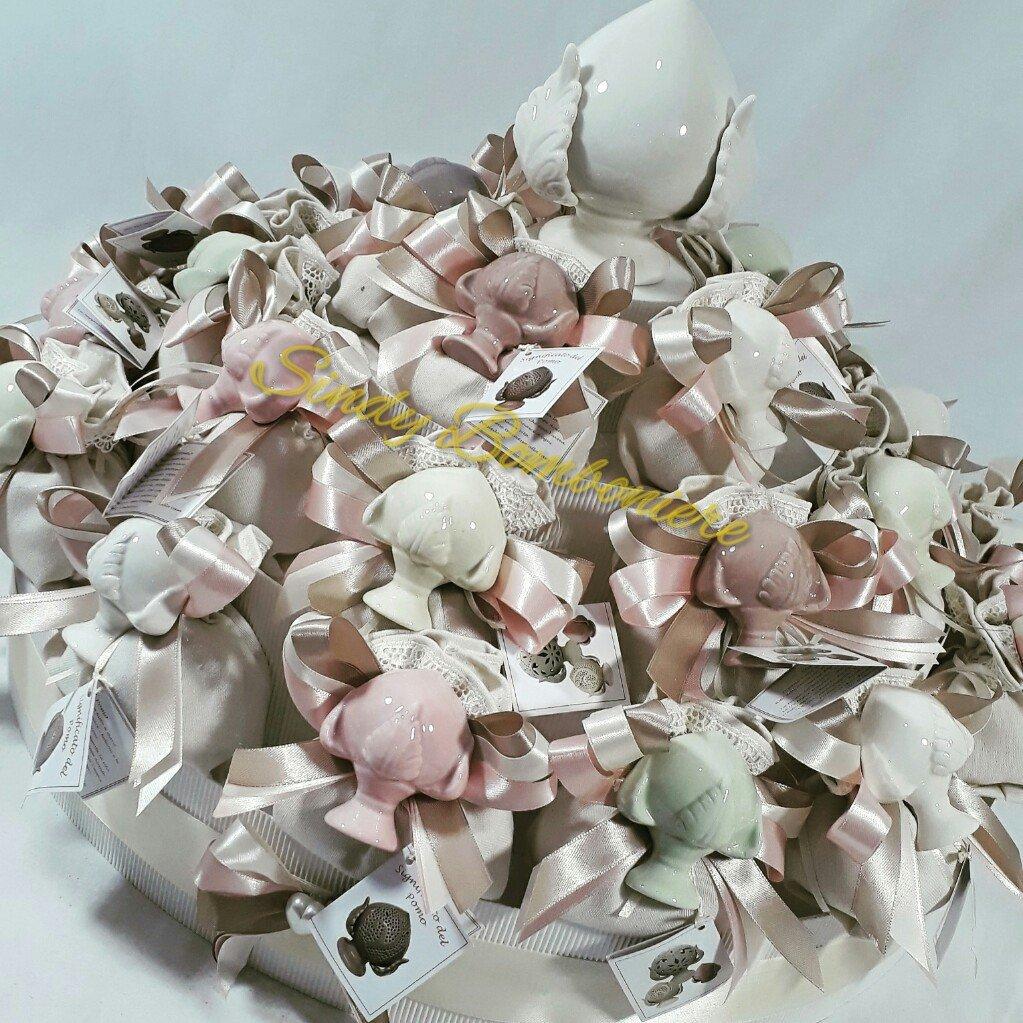 Bomboniera confezionata sacchetti in cotone con pomi in ceramica per cresima e comunione (Torta da 25 bomboniere)