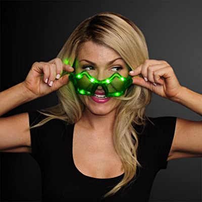 Flashing Light Up LED Star Shaped Glasses in Assorted Colors