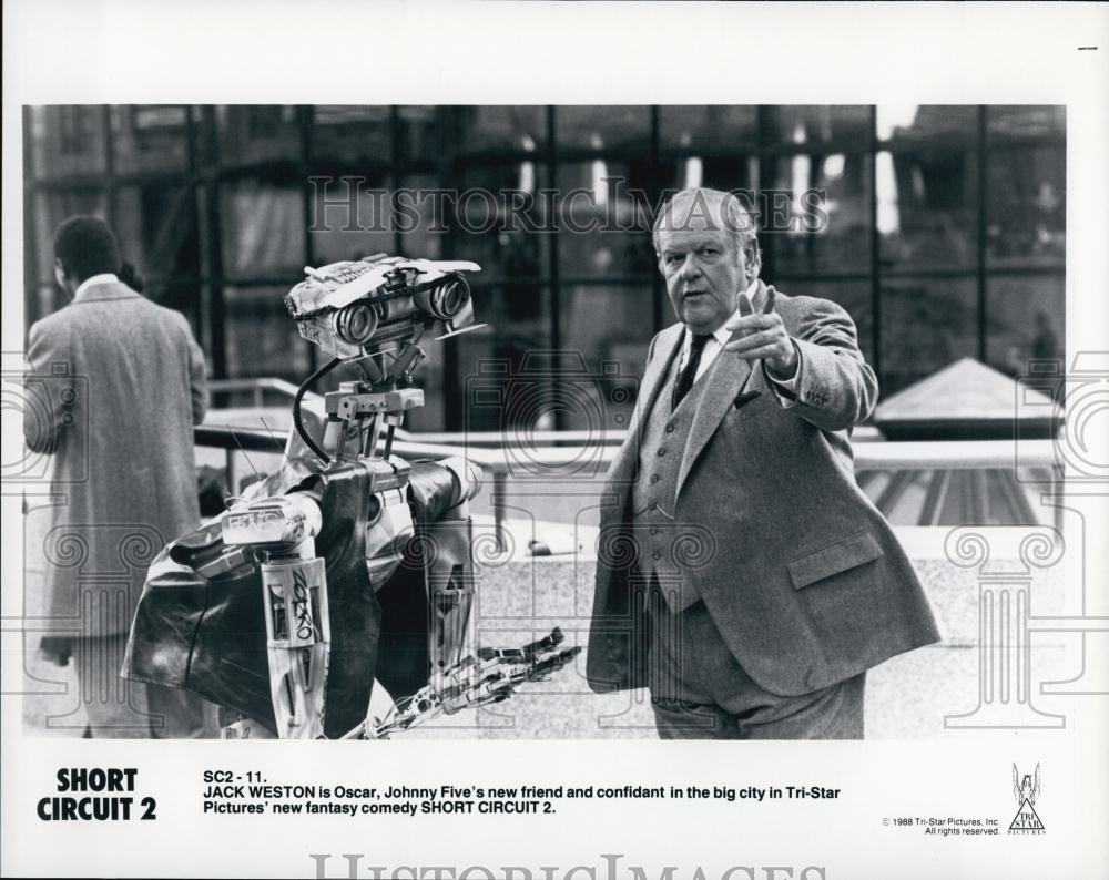 1988 Press Photo Short Circuit 2 Starring Jack Weston Shortcircuit2 And Robot Johnny Five Photographs
