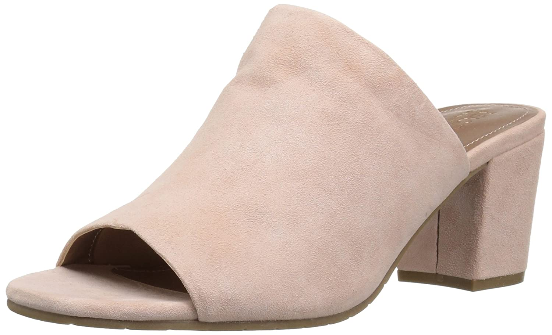 Chic: 10 New Sandal Brands the Mass Market Hasnt Discovered Yet Chic: 10 New Sandal Brands the Mass Market Hasnt Discovered Yet new images
