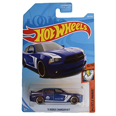 Hot Wheels Muscle Mania 10/10 [Blue] '11 Dodge Charger R/T 158/250: Toys & Games
