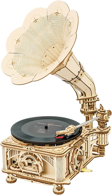 3D Wooden Gramophone