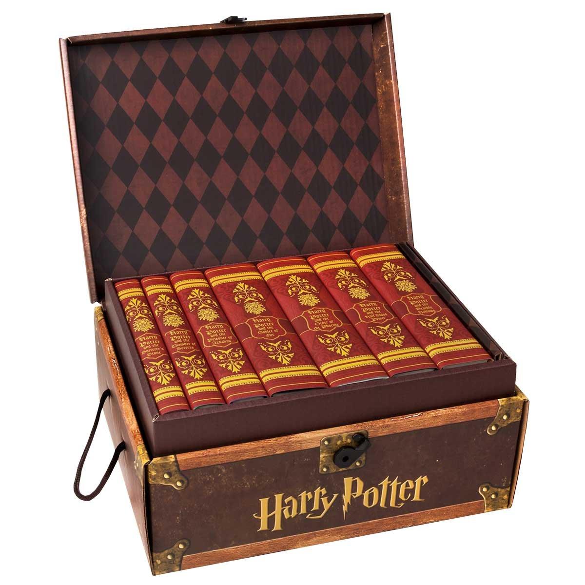 Harry Potter House Trunk Sets (Gryffindor Set) by Juniper Books