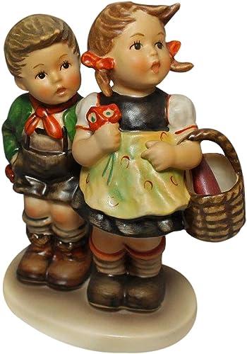 Hummel Figurine, 49 0 to Market Boy and Girl , 5.5 H