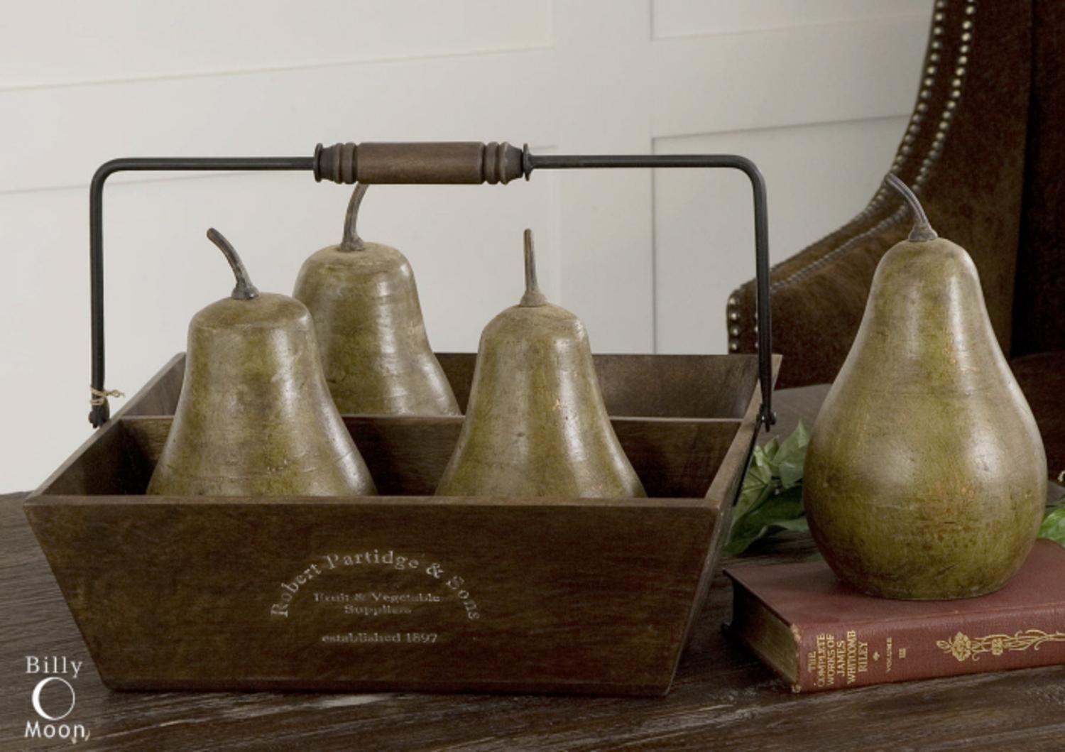 Set of 5 Rustic Green Terracotta Pears & Wooden Basket Table Top Decoration 16''