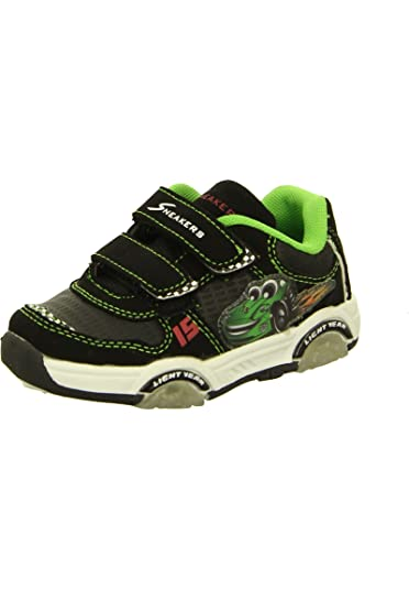 brand new b7080 4d139 Sneakers Street, Kinderschuhe