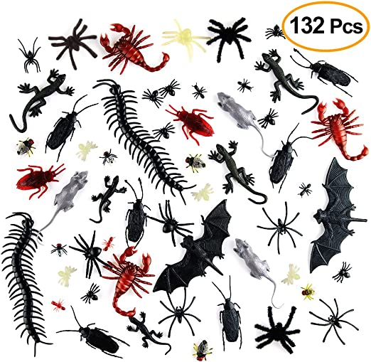 Worms and Flies fo Spiders Fake Cockroaches 156 Pieces Plastic Realistic Bugs