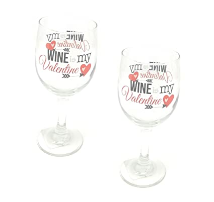 Amazon Com Valentine Day Wine Glasses Men Women Couple Stemware