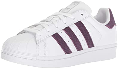Amazon Com Adidas Originals Women S Superstar Shoes Sneaker White