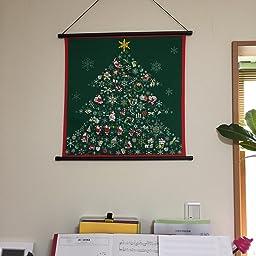 Amazon Co Jp タペストリー 壁掛け 掛軸 クリスマス ツリー サンタクロース 彩時記 ホーム キッチン