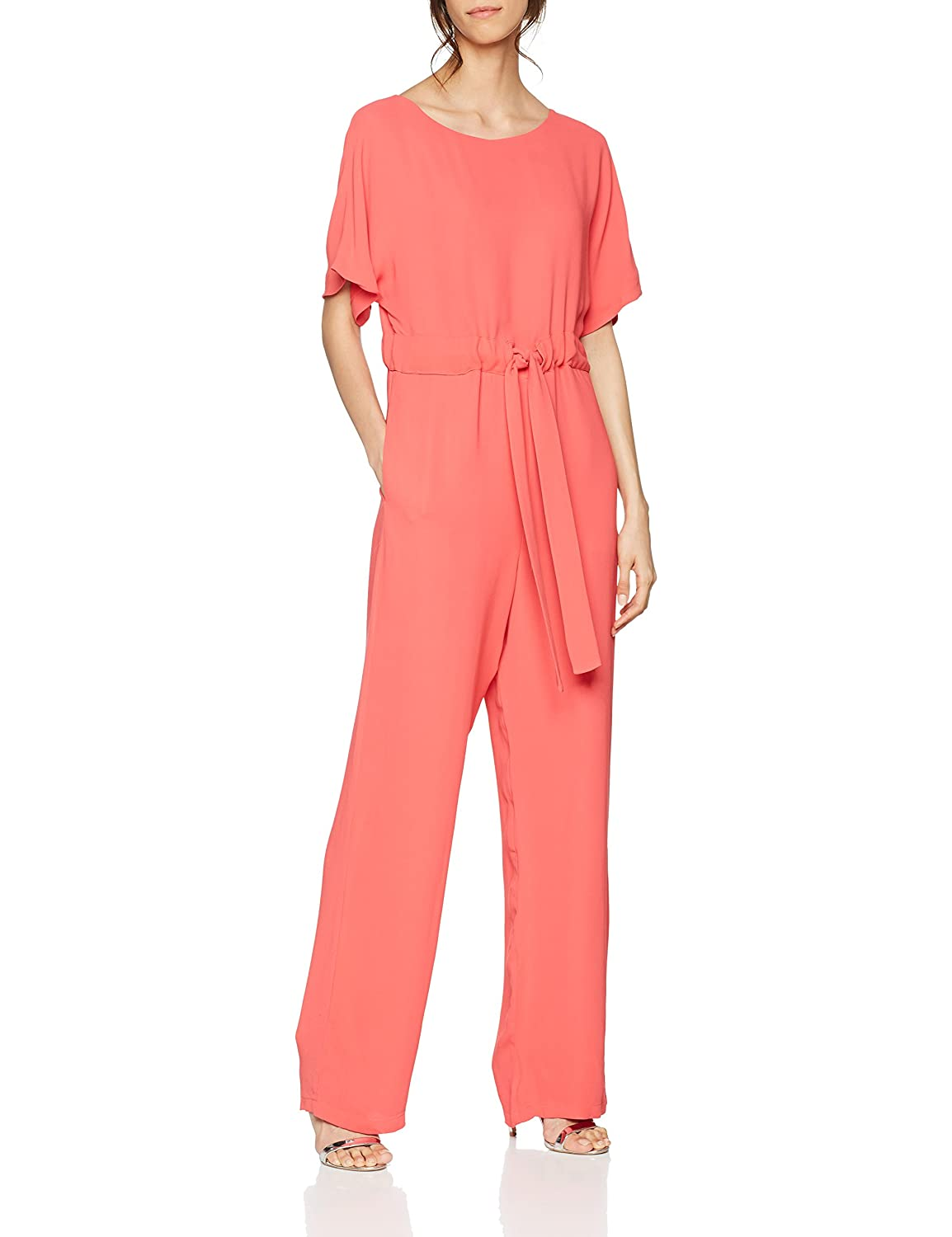 df4fb6746a2 Low on effort but big on impact, the crepe jumpsuit is the perfect choice  for busy days and nights. It has a modern and relaxed silhouette.