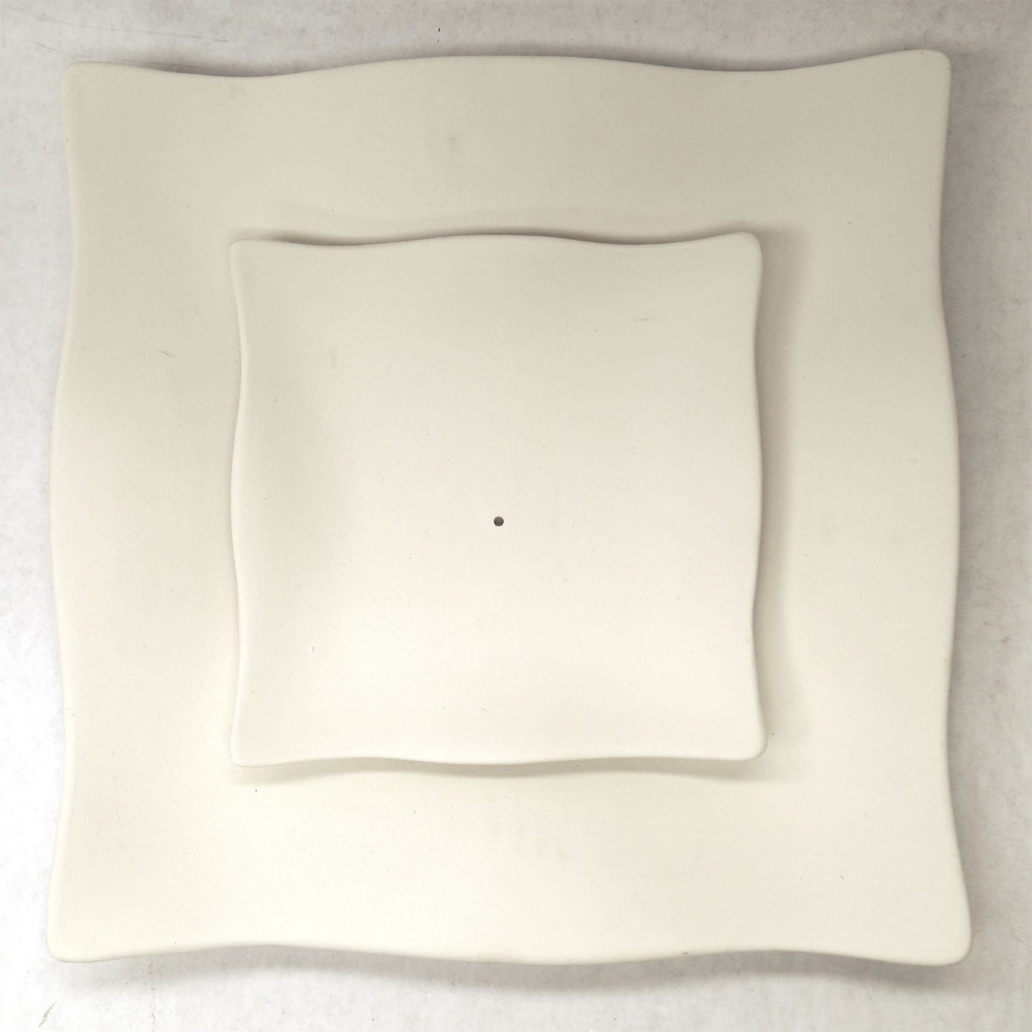 9-1/2'' Ruffled Square Sushi Plate