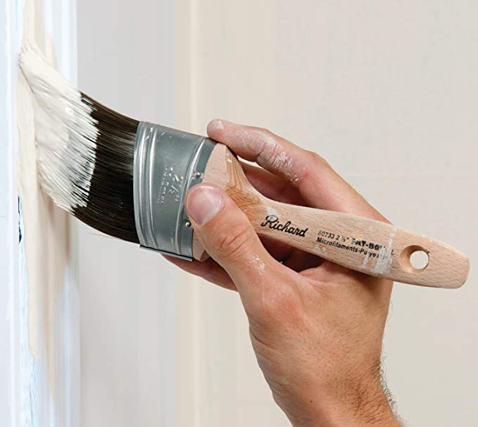 21//2 21//2 Hyde Richard 80737 Oval Angled Paint Brush with Wood Handle