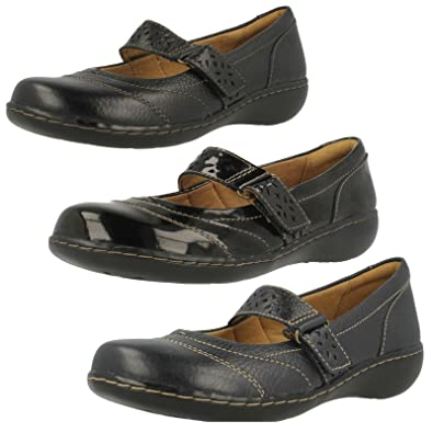 109ae039e0385 Clarks Ladies Hook & Loop Shoes Embrace Lux - Black Leather - UK Size 6D -