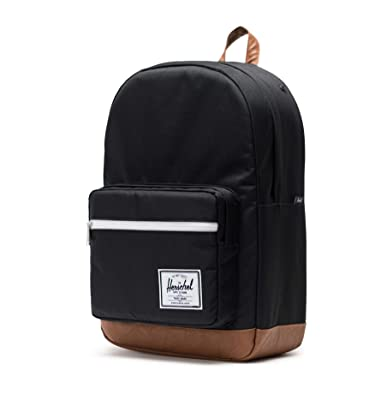 f9dc89c64d22 This backpack can be a good choice for you if you are a minimalist person.  It looks like it comes with only one big compartment and a small front  pocket.