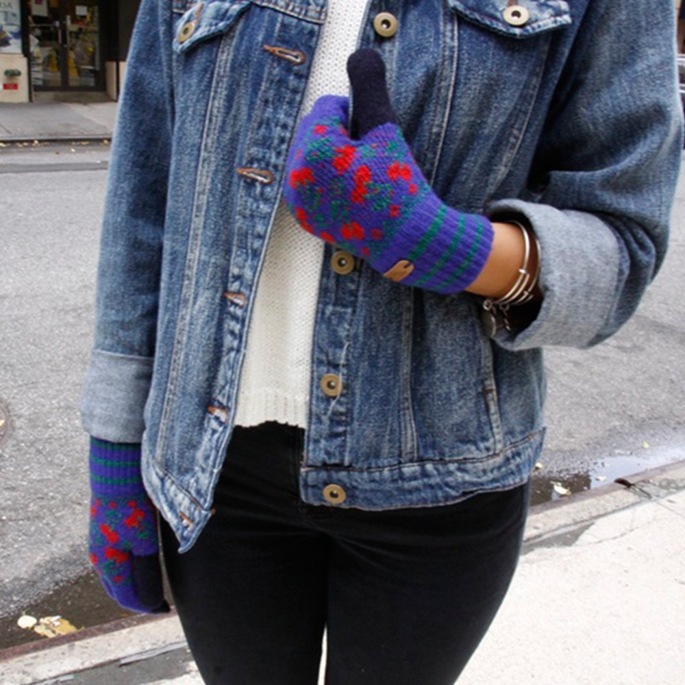 wiggle wiggle Mens Dancing Cherry Knit Gloves