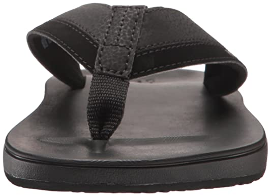 cbd23bdec852 Amazon.com  Reef Men s Contoured Cushion Sandal  Shoes