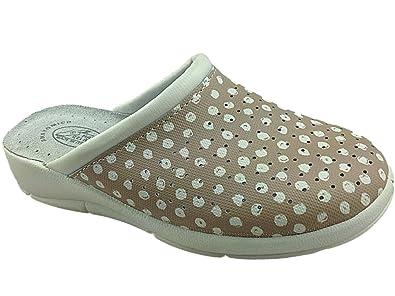 Ladies size 5 shoe f + f