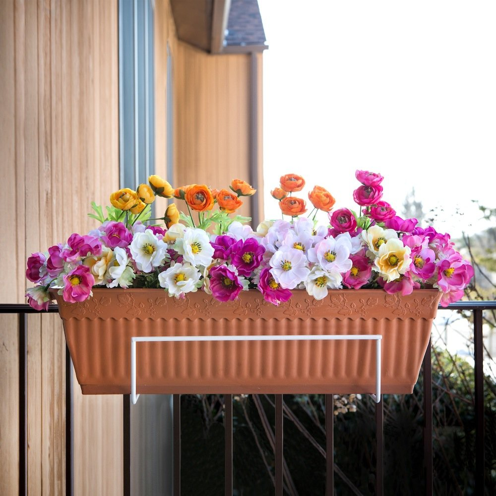 Amazon.com : Sun Joe FPH1801-W Deco Joe Flower Box Holder in White ...