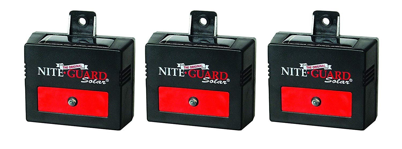Nite Guard Solar NG-001 Predator Control Light, Single Pack (1, 3-Pack) by Nite Guard