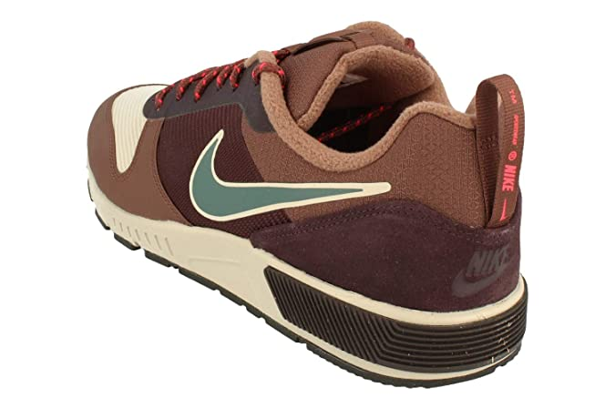 separation shoes 0ef92 dec71 Nike Nightgazer Trail, Chaussures de Fitness Homme  Amazon.fr  Chaussures  et Sacs