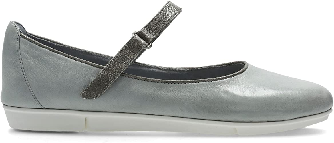 Día del Maestro Telégrafo boxeo  Clarks Tri Axis Leather Shoes In Grey/Blue Standard Fit Size 7½:  Amazon.co.uk: Shoes & Bags