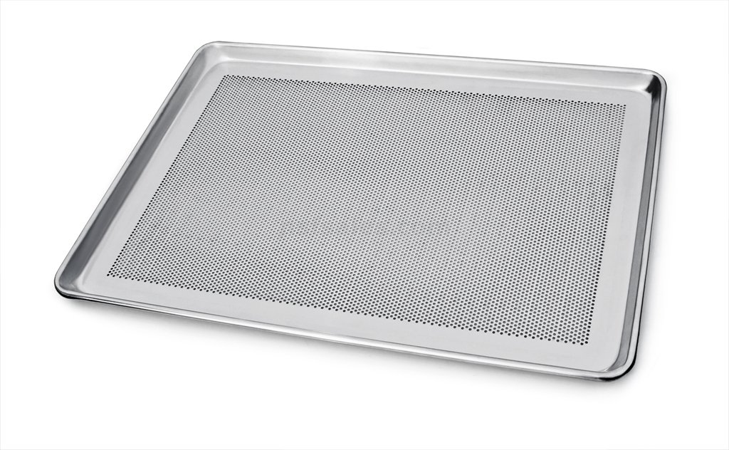 New Star Foodservice 36718 Commercial 18-Gauge Aluminum Sheet Pan, Perforated, 13 x 18 x 1 inch (Half Size) by New Star Foodservice
