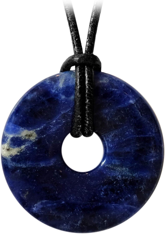Kaltner Präsente - Collar de Piel para Hombre y Mujer con Colgante de Donut de Piedras Preciosas de sodalita Azul (30 mm de diámetro)