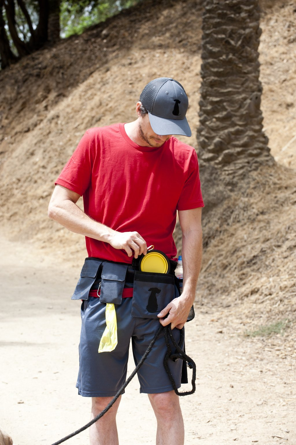 FreshStart DogiPack Hands Free and Organizational Dog Walking Belt (Grey) by FreshStart DogiPack (Image #4)