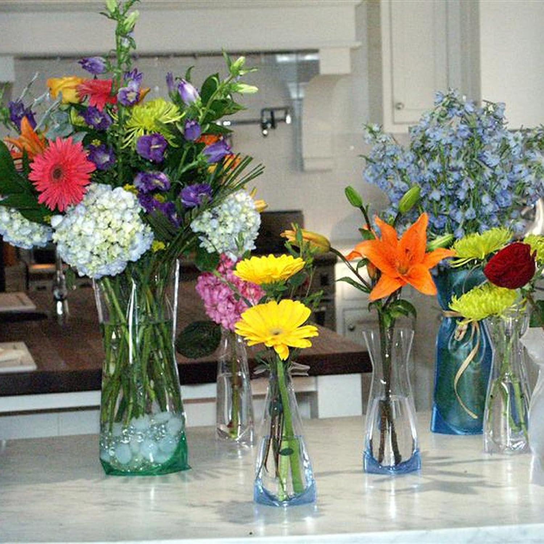 WonderVase Travel Collapsible Flower Vase - Med: Amazon.com: Grocery &  Gourmet Food