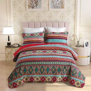 UniTendo Luxury 3-Piece Boho Quilt Set with Shams Soft Reversible All-Season 100% Cotton Bedspread & Coverlet with Bohemian Style Design, Queen Size.