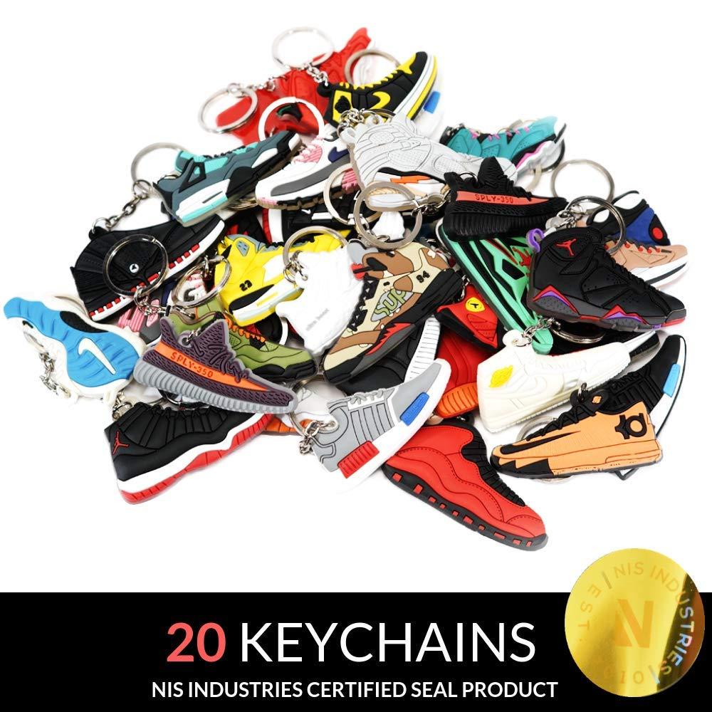 fc48b5ea5201ea Amazon.com   Jordan Retro Selector Pack - 20 Silicone Rubber Keychains -  Retros   Sports   Outdoors