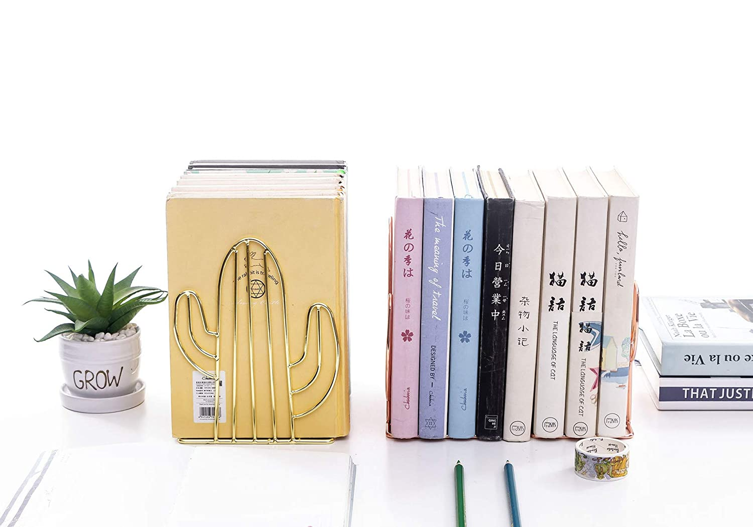 Chris.W 1 Pair Wire Gold Bookends Decorative Metal Book Ends Supports Dividers for Shelves Unique Cactus Design