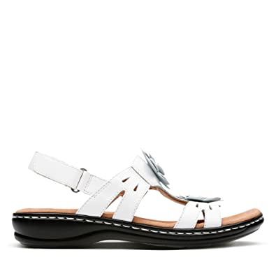4c755dd26ea6 Clarks Leisa Claytin Leather Sandals in White  Amazon.co.uk  Shoes ...