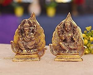 CraftVatika Metal Laxmi Ganesh Idol on Leaf Singhasan - Gold Plated Lakshmi Ganesha Set Statue - Lakshmi Ganesh for Home Temple Office Puja Decor (Size 5 x 4 Inches)