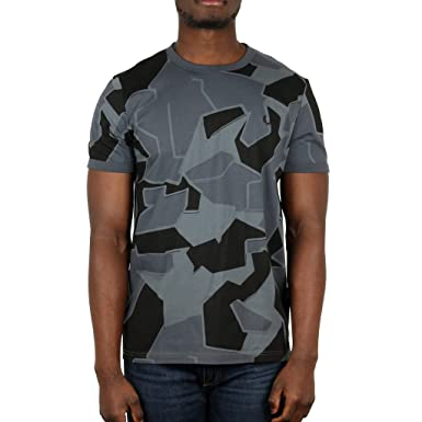 0f9645cd27067 Amazon.com: Fred Perry Men's Camouflage Ringer T-Shirt Airforce Camo ...