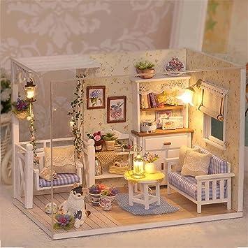Qearly Handgefertigt Holz Miniatur Puppenhaus Geschenk Mini Haus DIY  Dollhouse Kit Moebel Mit Abdeckung Und LED