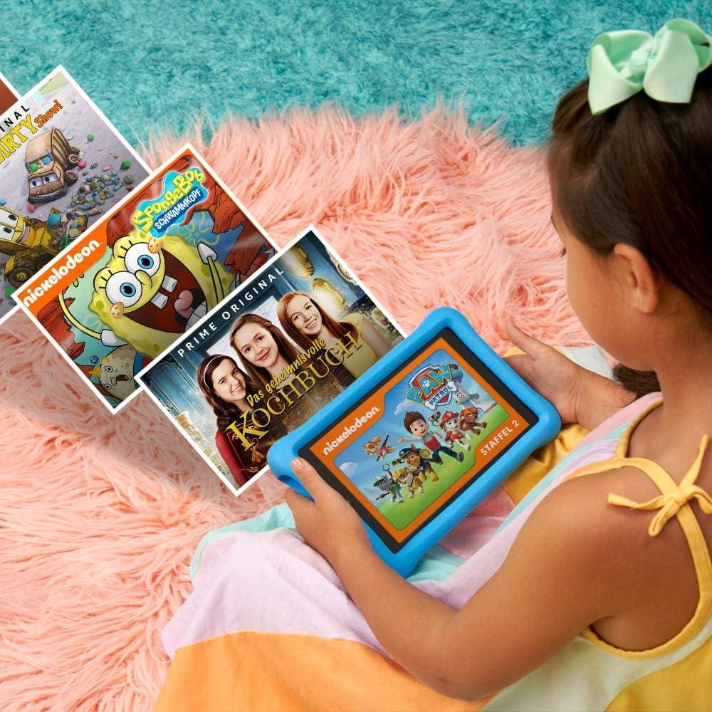 Kind spielt am Amazon Kids Fire
