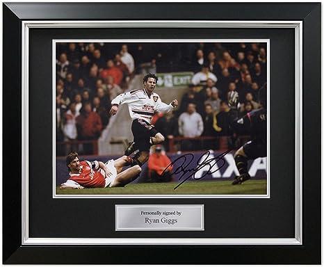 Ryan Giggs fichó por el Manchester United. En marco negro de lujo con incrustaciones de plata: Amazon.es: Deportes y aire libre