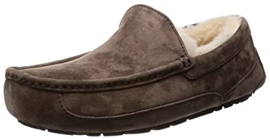 Amazon.com | UGG Men\'s Ascot Slipper | Slippers