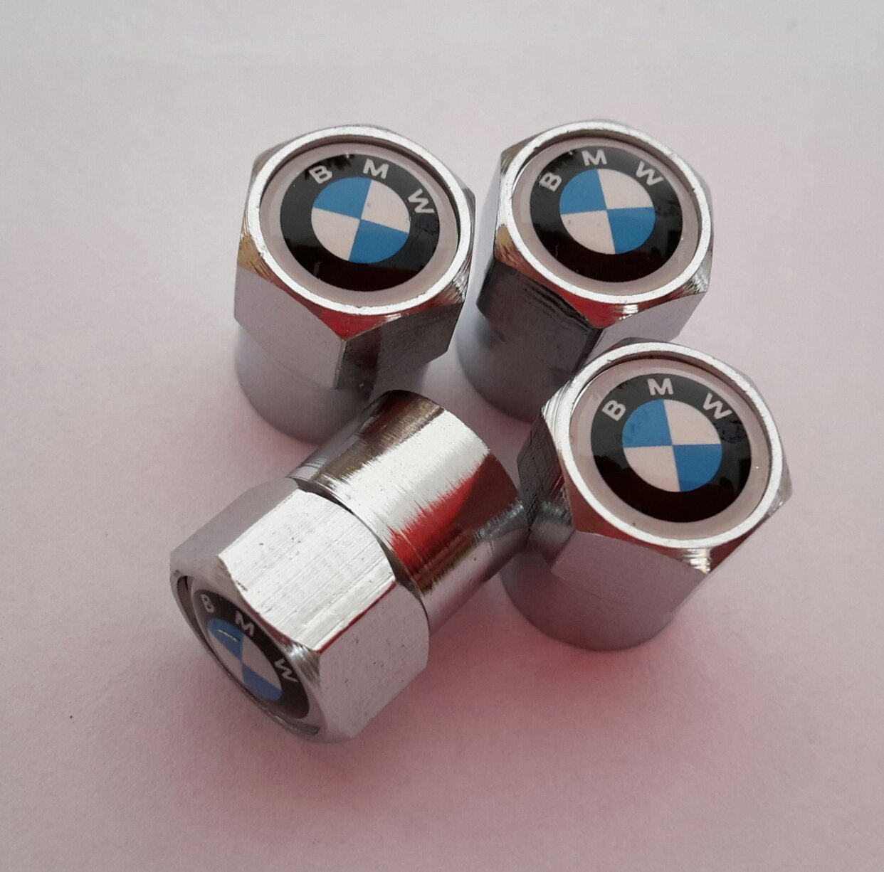 BMW (2) classic blue and white badge top set of four Silver Chrome metal car valve tyre dust cap M6 M3 X1 X3 X5 X6 Z4