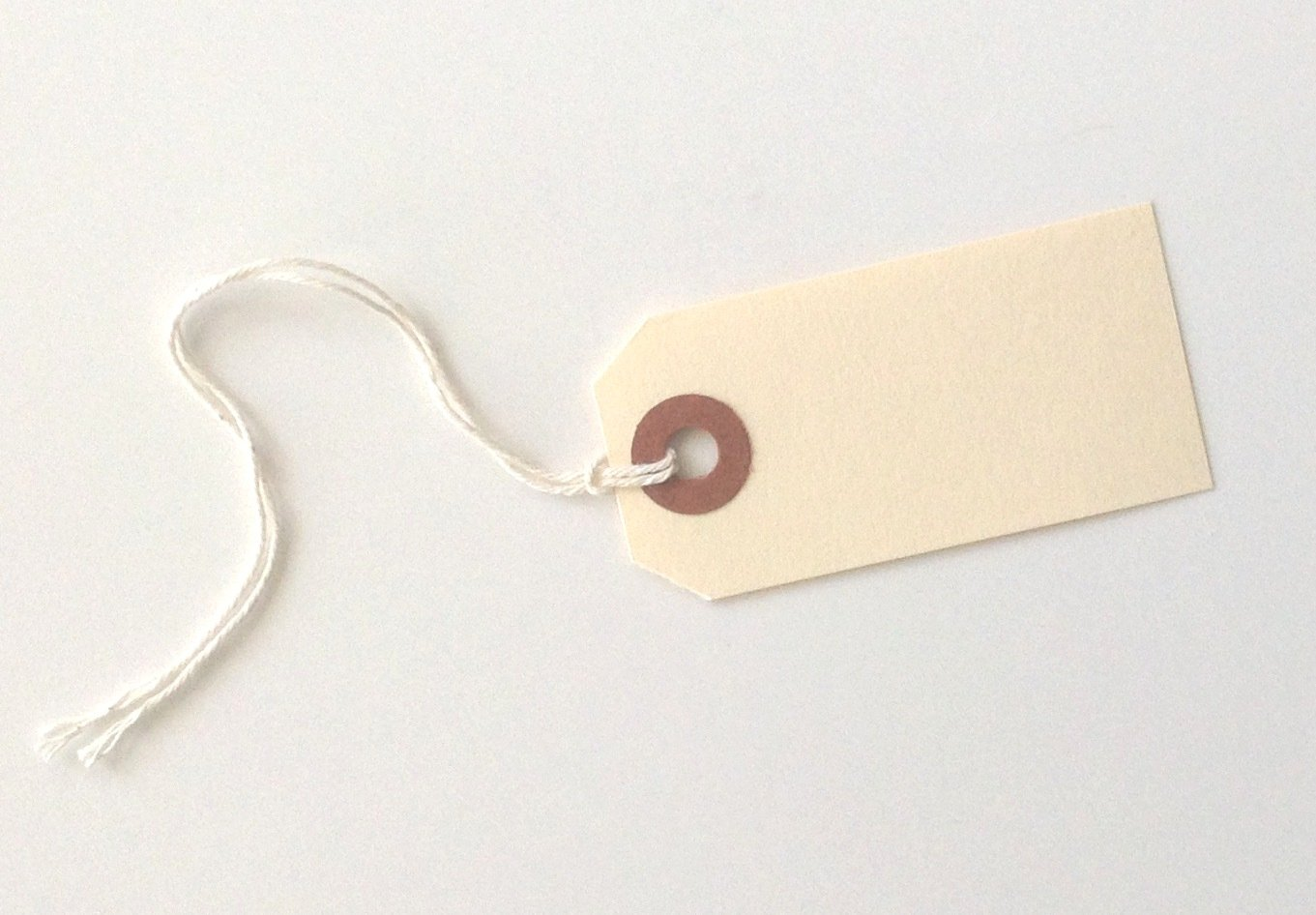 MACO Manila Strung Shipping Tags, #1, 2-3/4'' x 1-3/8'', w Reinforced Eyelet - Pack of 100 by Maco (Image #1)