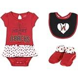 Outerstuff MLB Newborn Play with Heart Creeper Bib & Bootie Set, Team Variation