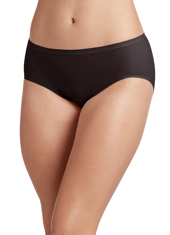 2143d3d464aa Jockey Women's Underwear Air Seamfree Hi Cut at Amazon Women's Clothing  store: