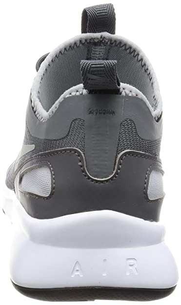2a0c7503659195 Nike Men s Current Slip On Trainers  Amazon.co.uk  Shoes   Bags